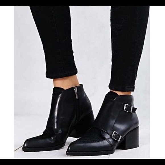 2344db6532f3 Circus by Sam Edelman Shoes - 🎉HP 🎉Circus Sam Edelman Reese Fur Ankle  Boots
